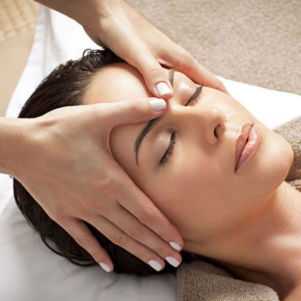 Massagem Facial Moema - Amadi Spa